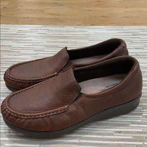 SAS ladies loafers size 8 w brand new